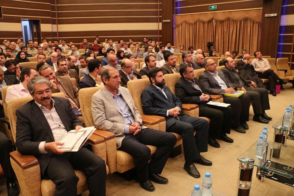 همایش تجلیل از صنایع سبز خوزستان