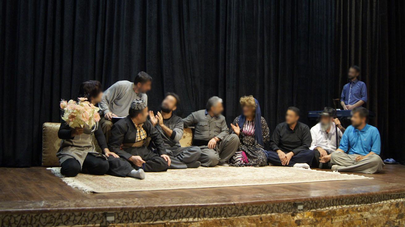 تئاترزندانیان