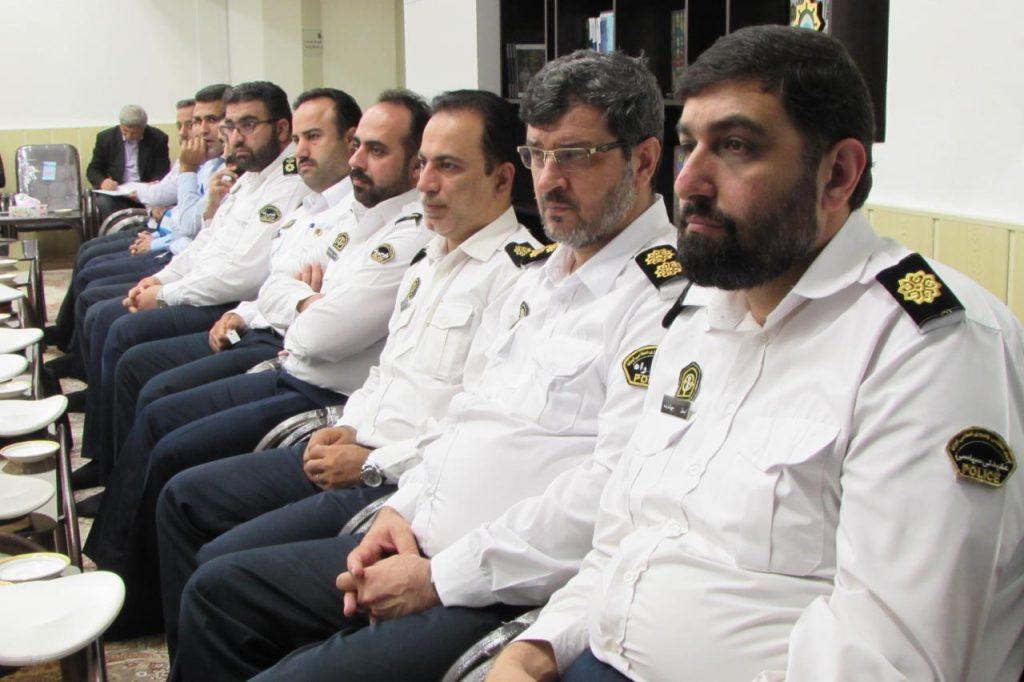 آیتالله فلاحتی در دیدار با جمعی از +فرماندهان پلیس راه گیلان