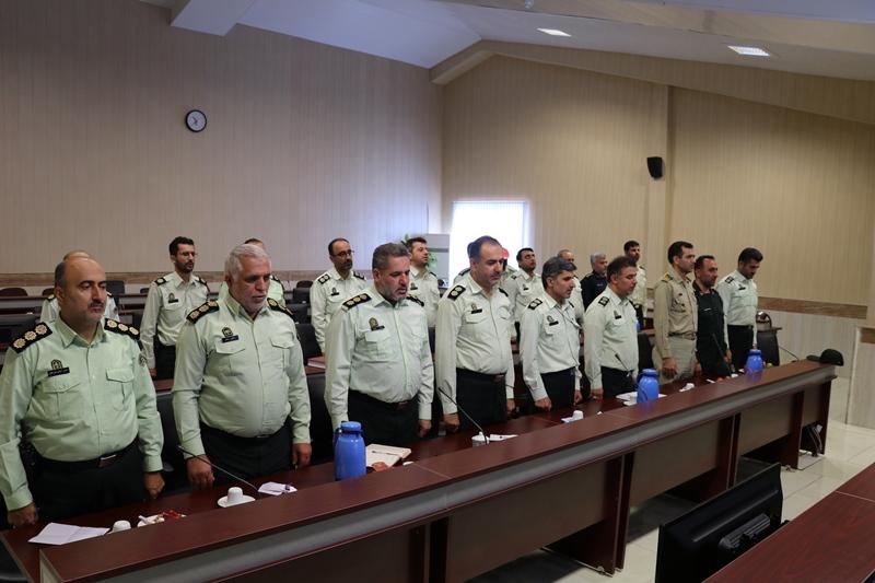 فرماندار رشت در دیدار با فرمانده، معاونین و رؤسای کلانتری ها