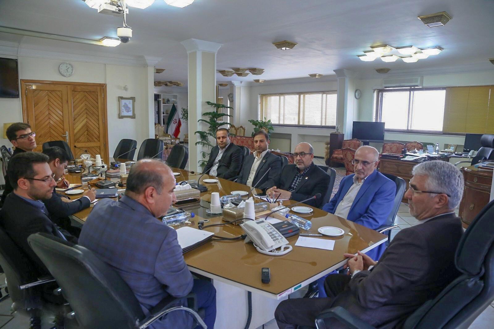 نماینده عالی دولت در فارس در جلسه توسعه ورزش فارس