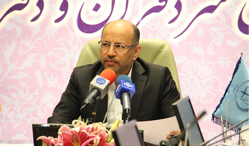 نظر محمدرضا دشتی اردکانی درباره هزینه حق الثبت از سوی دفاتر اسناد رسمی