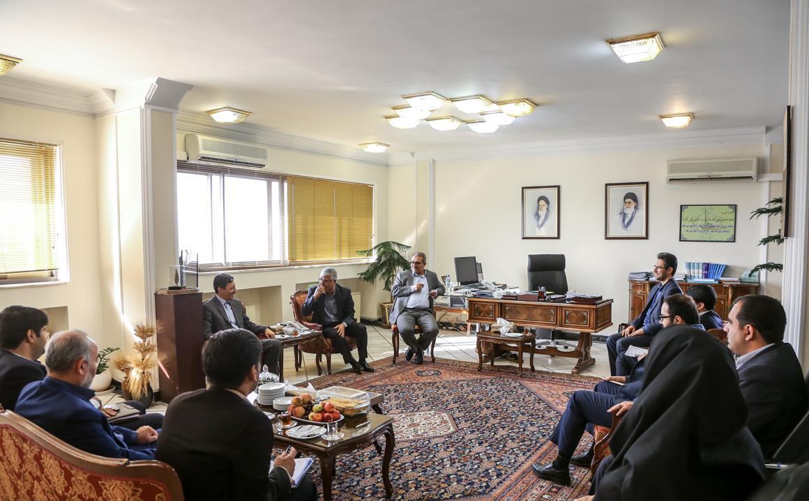 استاندار فارس در دیدار رئیس کمیته امداد امام خمینی کشور