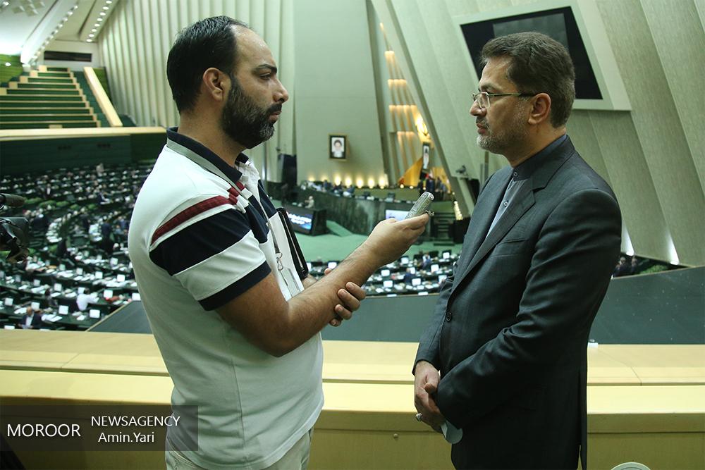 نظر حسینی بوشهری درباره کاهش قیمت ارز