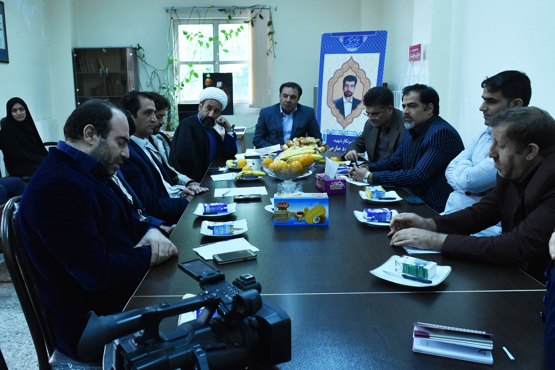 جلسه استاندار با خانه مطبوعات لرستان