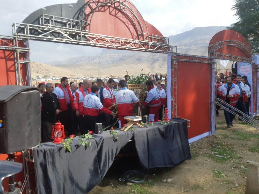 اولین سالگرد درگذشتگان زلزله کرمانشاه
