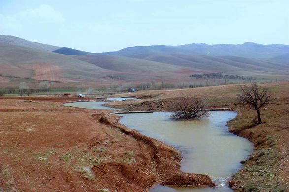 منابع آب زیرزمینی بحرانی