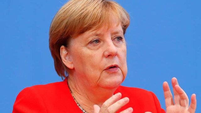 با تصویب پارلمان آلمان؛ آنگلا مرکل صدراعظم آلمان شد