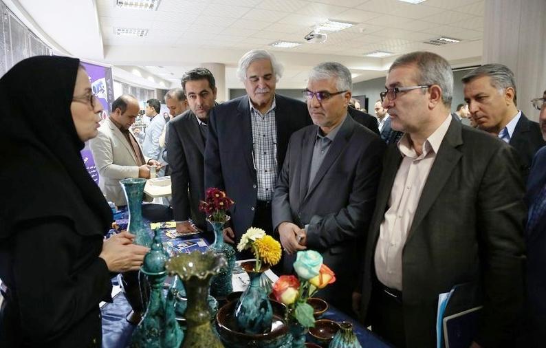 استاندار فارس در بازدید از پارک علم و فناوری فارس