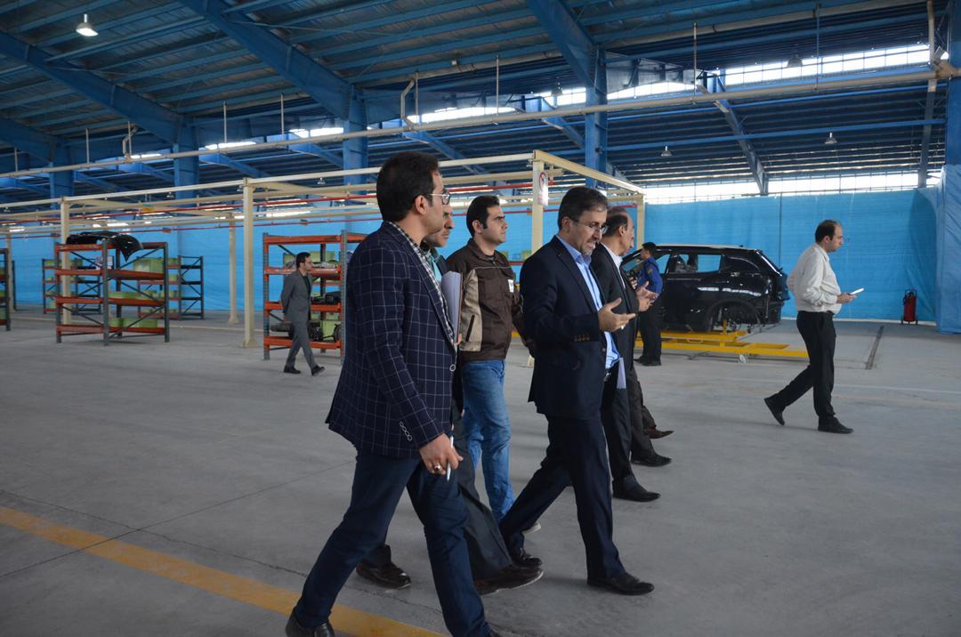 بازدید خط تولید خودروهای شاسی بلند و کراس اوور در ساوه