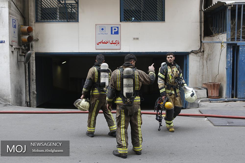 تخلیه ساختمانهای اطراف ساختمان برق وزارت نیرو