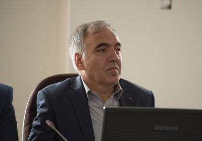 فرج قلیزاده
