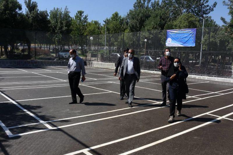 مراحل پایانی بهره برداری از 4 زمین بدمینتون در بوستان ارم