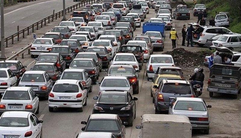 ترافیک نیمه سنگین در جاده های شمالی کشور در روز پایانی تعطیلات