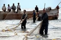 صیادان مازندران میتوانند تا 10 روز دیگر تورهای خود را در دریا پهن کنند