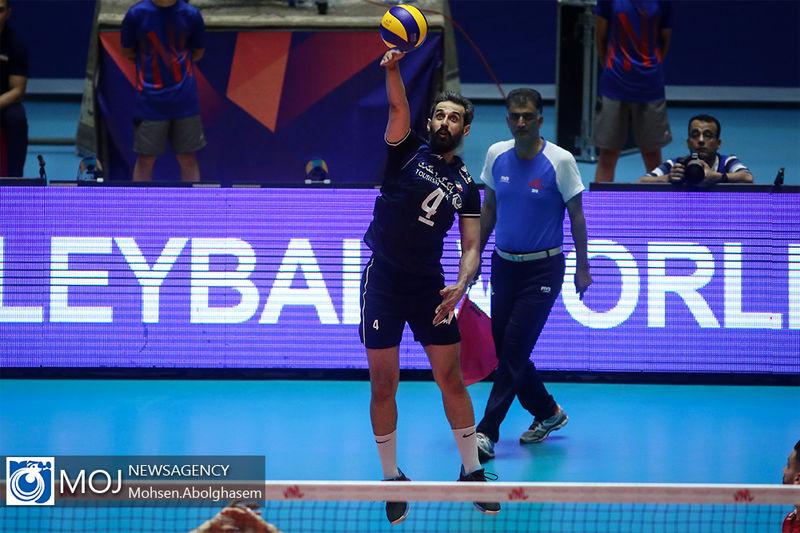 ایران در رده دوم لیگ ملتهای والیبال/صعود ایران به هفته آخر کشید