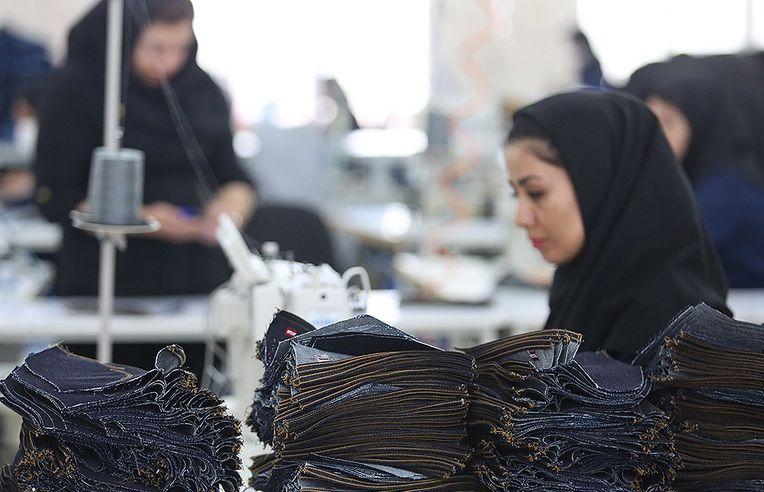 رونق کارگاههای تولید پوشاک در میناب /تولید بیش از 252 هزار دست لباس ظرف یک سال