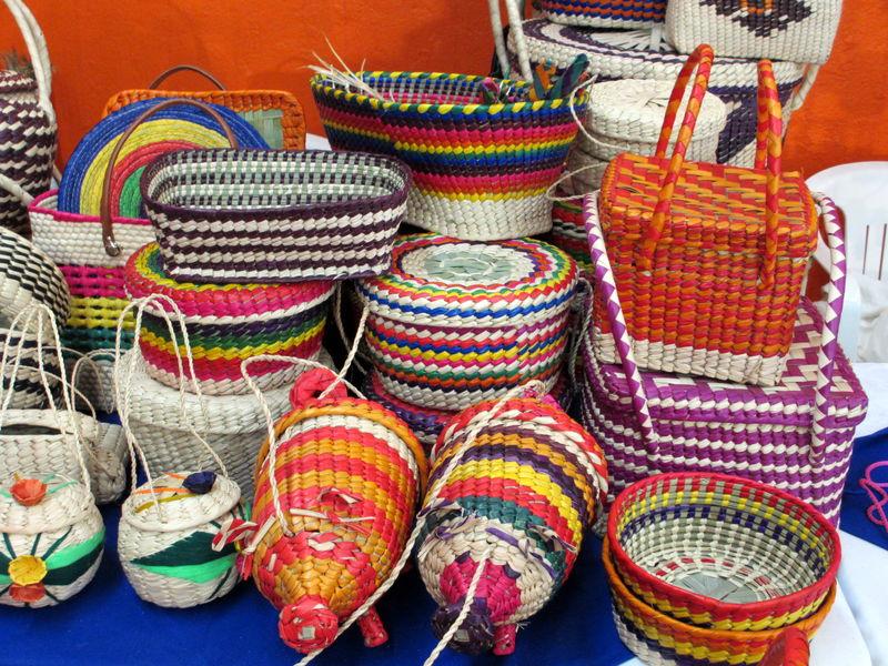 جمعه بازار صنایع بومی محلی در بندرعباس راه اندازی میشود