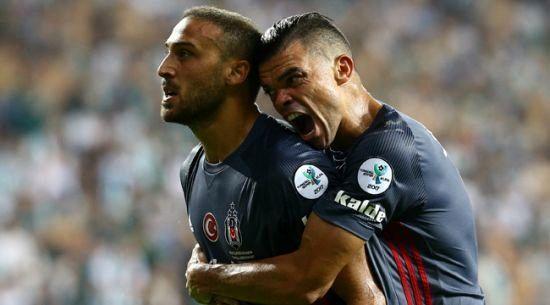 پرتاب چاقو در سوپر جام ترکیه