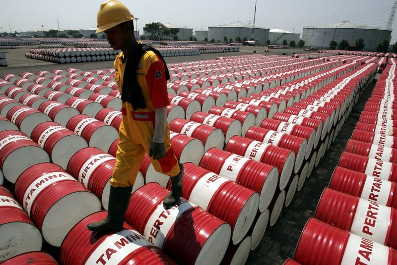 کشف ۱۳ میلیون دلار سوخت قاچاق در چین
