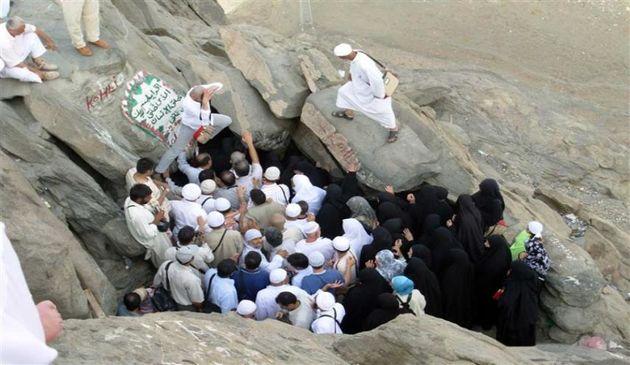 تشرف زائران به کوه نور ممنوع شد