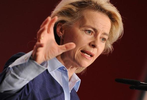 وزیر دفاع آلمان به آمریکا هشدار داد