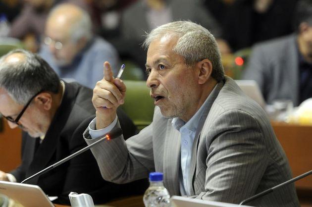 30 دستگاه متولی رسیدگی به آلودگی شهردار هستند/ تذکرات شورا تنها به شهردار تهران نیست