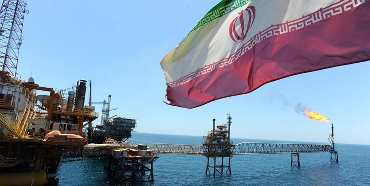تداوم فروش نفت ایران به رغم وجود تحریمهای آمریکا