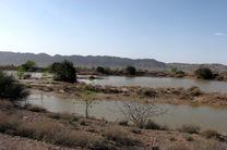 آبگیری سه طرح آبخیزداری  در شهرستان خور و بیابانک