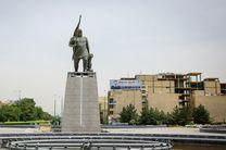 نصب مجدد تندیس کاوه آهنگر در میدان آزادی اصفهان