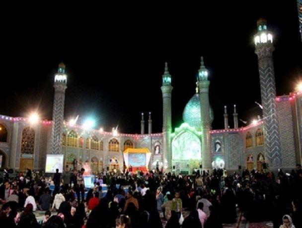 برگزاری جشن بزرگ هلال رمضان در امامزاده هلال بن علی(ع)آران و بیدگل