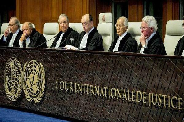 دادگاه لاهه امروز به شکایت ایران از آمریکا رسیدگی می کند