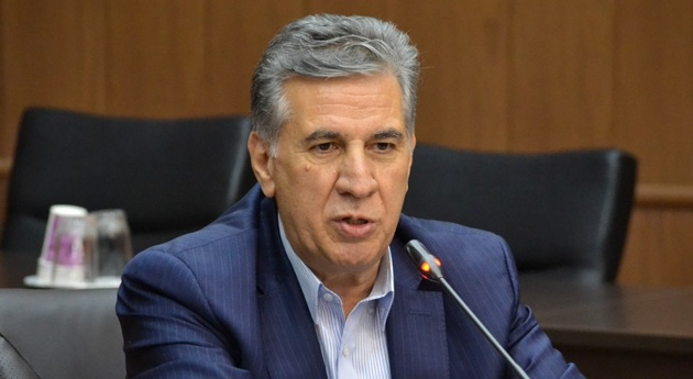 تبریز قطب هنر های صنایع دستی، کفش و فرش دستباف است