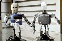 استخدام ربات های انسان نما در بیمارستان + تصویر