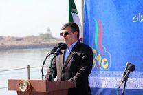 ملت ایران با اقتدار راه نورانی انقلاب اسلامی را ادامه میدهد