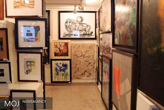 لیلی گلستان: فروش آثار هنرمندان جوان خوشحالکننده است