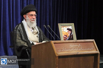 امام خمینی (ره) به معنای واقعی کلمه در زندگی ملت ایران تحول ایجاد کردند