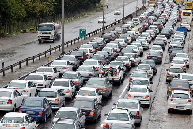 آخرین وضعیت ترافیکی جاده ها / ترافیک سنگین در آزادراه کرج-تهران