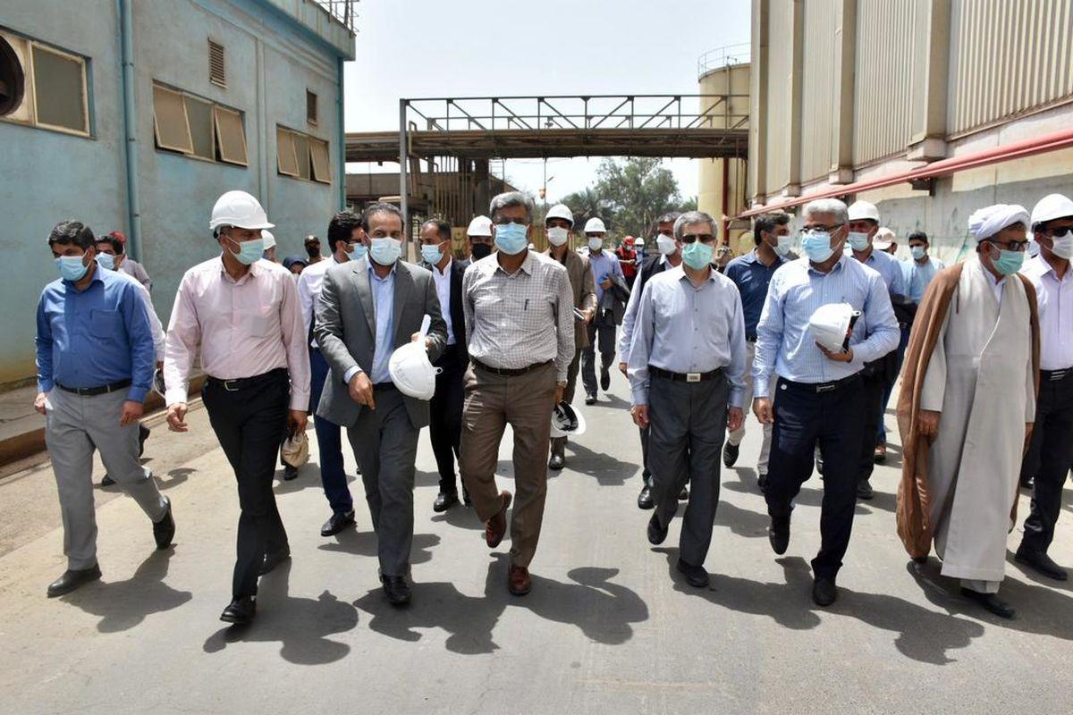 بازدید اعضای کمیسیون انرژی مجلس از نیروگاه بندرعباس هنگام