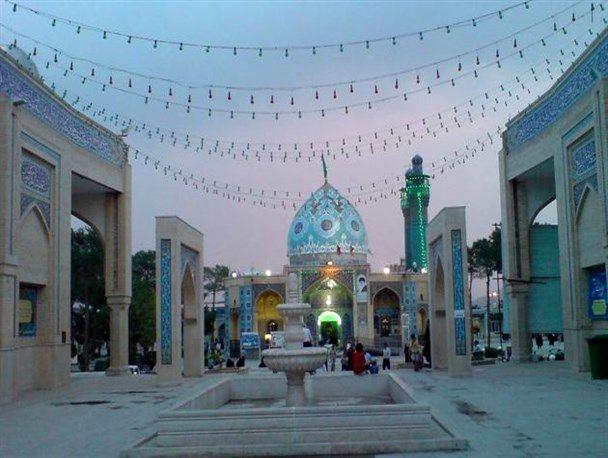 پیشرفت 95 درصدی سازه بقعه امامزاده زینب بنت موسی بن جعفر(ع)اصفهان