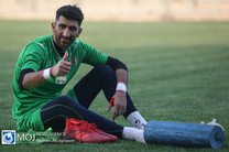 فعلا تمرکزم روی تیم ملی و پیروزی برابر عراق است