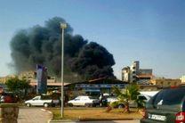 آتش سوزی در بازار ماهی فروشان بندرعباس/اطفای حریق بدون خسارت جانی