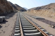 آغاز عملیات ریل گذاری راه آهن همدان-سنندج