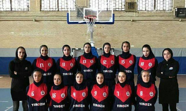 دختران بلندقامت کردستانی با عبور از مسجد سلیمان به یک چهارم نهایی صعود کردند
