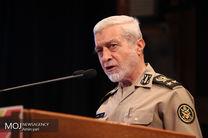 فرمان مقام معظم رهبری مستمر است و نیروهای مسلح با همه امکانات به سیلزدگان خدماترسانی میکنند