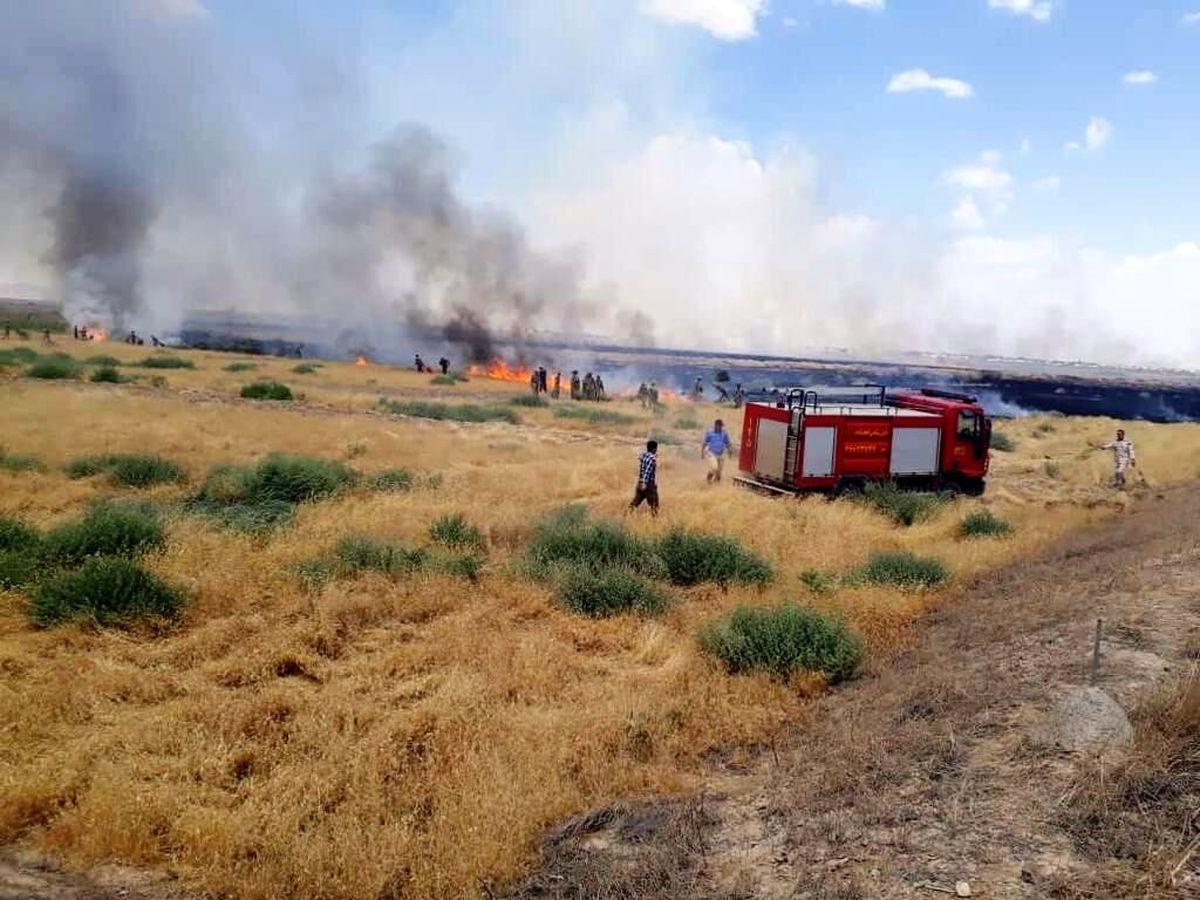 وقوع آتشسوزی در حد فاصل گمرک لطفآباد و گمرک ترکمنستان