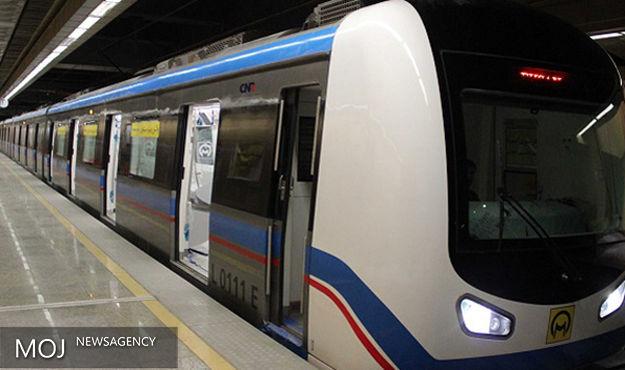 فاز نخست مترو قم اواخر سال آینده به بهرهبرداری میرسد