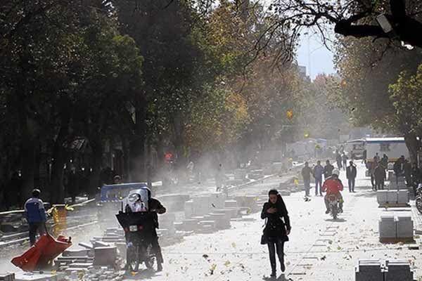 سرعت وزش باد در پیرانشهر به 72 کیلومتر بر ساعت