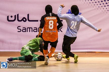 دیدار تیم های فوتسال بانوان سایپا و پارس آرا شیراز
