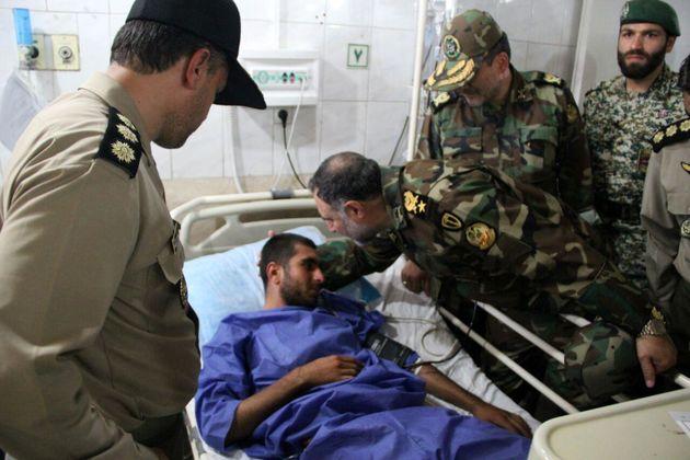عیادت فرمانده نیروی زمینی ارتش از سربازان حادثه دیده آبیک قزوین